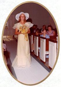 1976-07-03 Wedding012-Vivian
